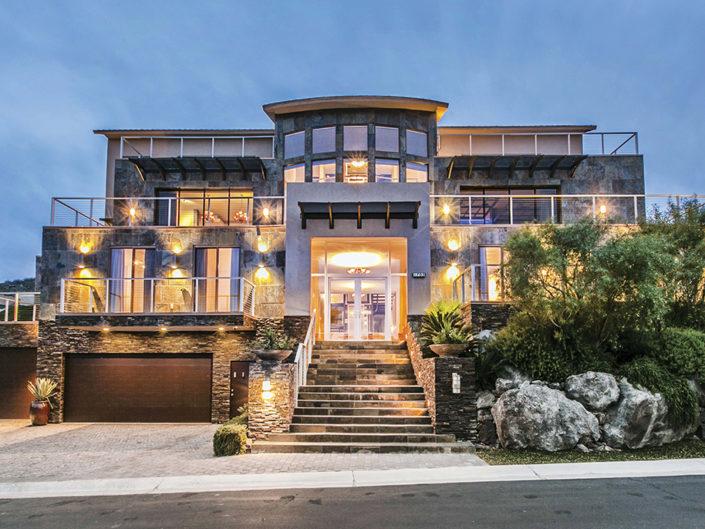Contemporary Las Vegas Luxury Home
